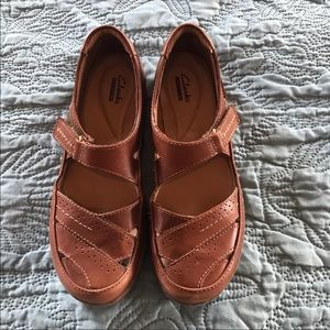 Clark's brown loafer size 8 1/2